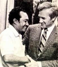 Harris e seu dublador brasileiro, o também falecido Borges de Barros