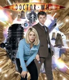 David Tennant (o Doutor) e Billie Piper (Rose) na 2ª temporada da nova versão
