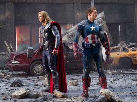 OS VINGADORES: Chris Hemsworth (Thor) e Chris Evans (Capitão América)