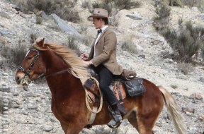 doctor-who-filming-matt-wild-west-set-pic