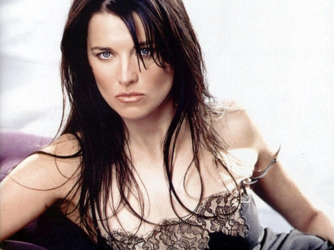 Lucy_Lawless_05