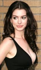 Gata Sci Fi: Anne Hathaway