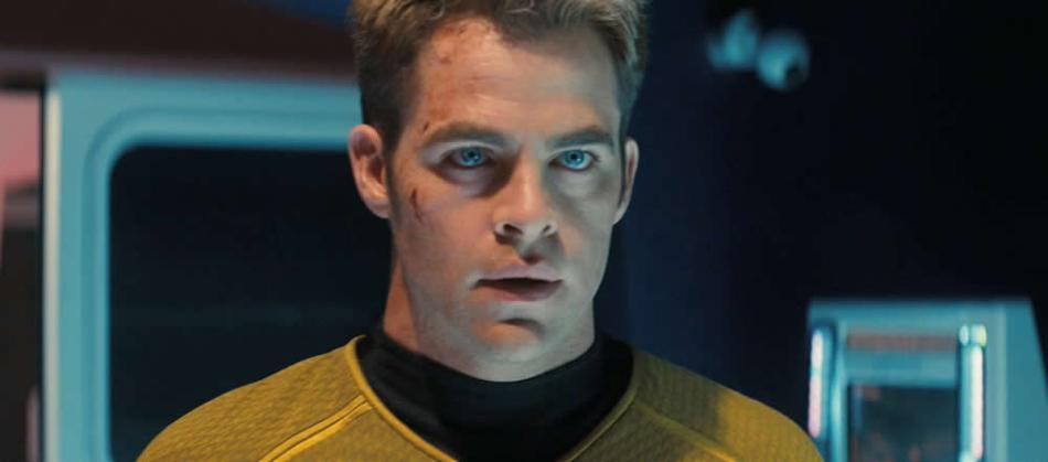 Chris Pine como o Capitão Kirk