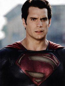 O novo Superman (Henry Cavill) nem chegou e já tem retorno garantido