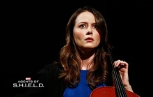agents-of-shield-amy-acker-cellist