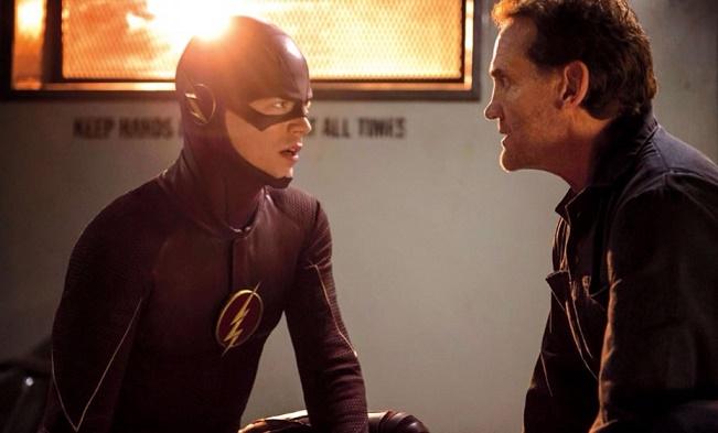 Duas gerações de Flash se encontram