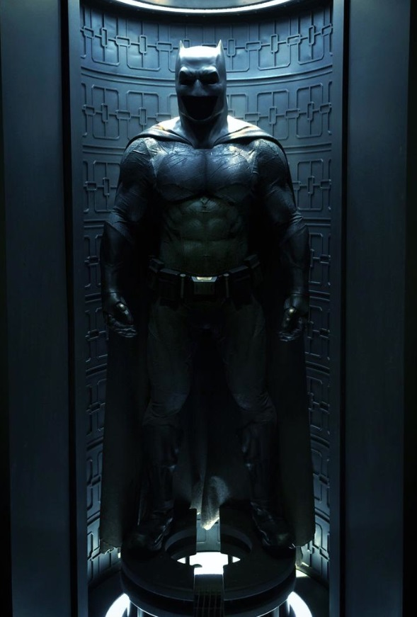 batmanvsupermanbatsuit