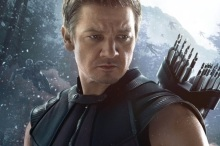 ultron_hawkeye_small