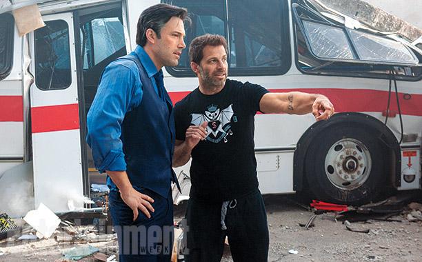 Affleck e o diretor Snyder nas filmagens