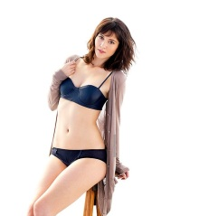 Mary-Elizabeth-Winstead-2