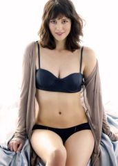 Mary-Elizabeth-Winstead-5