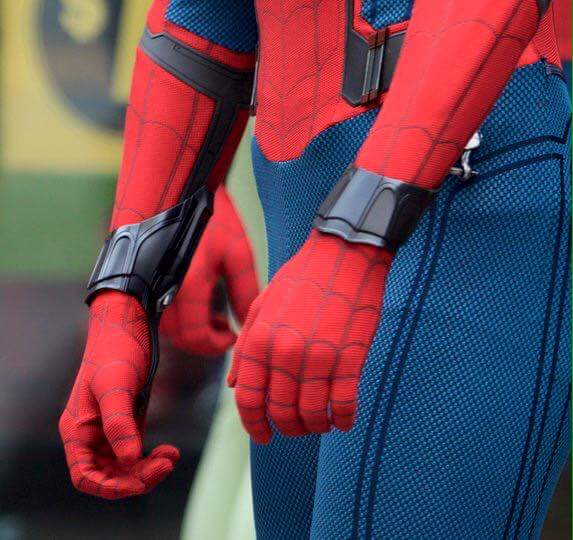 spider_man_homecoming_web_shooters