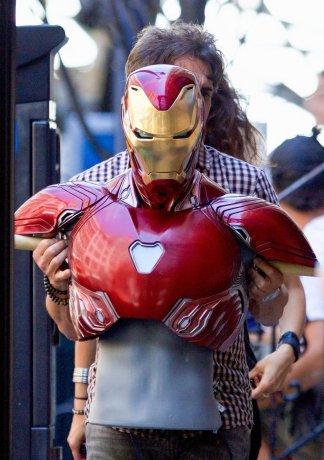 avengers_infinity_war_iron_chest