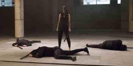 Elodie-Yung-as-Elektra-in-the-Defenders