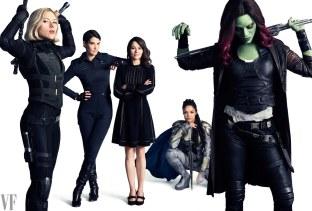 avengers-marvel-holiday-2018-ss05